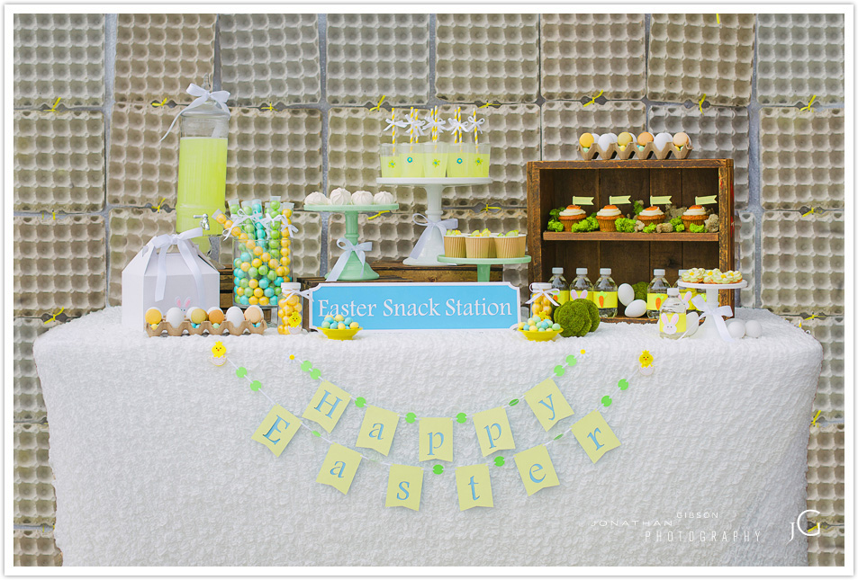 EASTER SNACK STATION