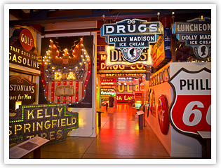 THE AMERICAN SIGN MUSEUM